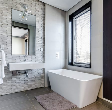 plumbing, electrical and bathroom installation services in Huntington, Brampton.